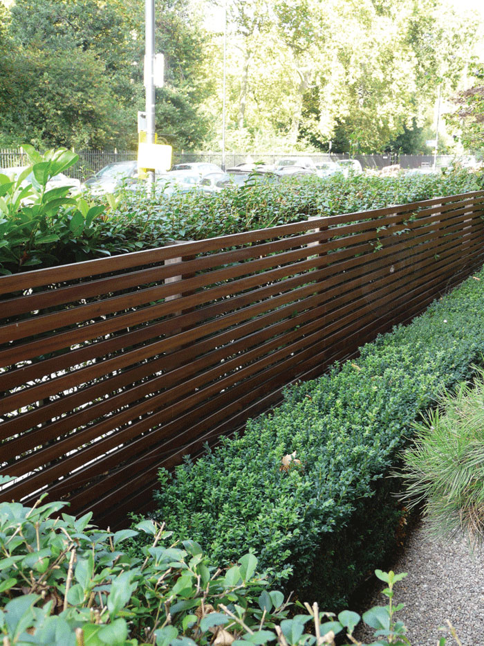 Image of Hardwood Venetian fence